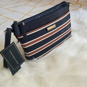Brand New TOMMY HILFIGER Crossbody bag with pouch